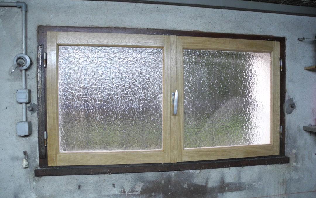 Réalisation de deux vantaux de fenêtre