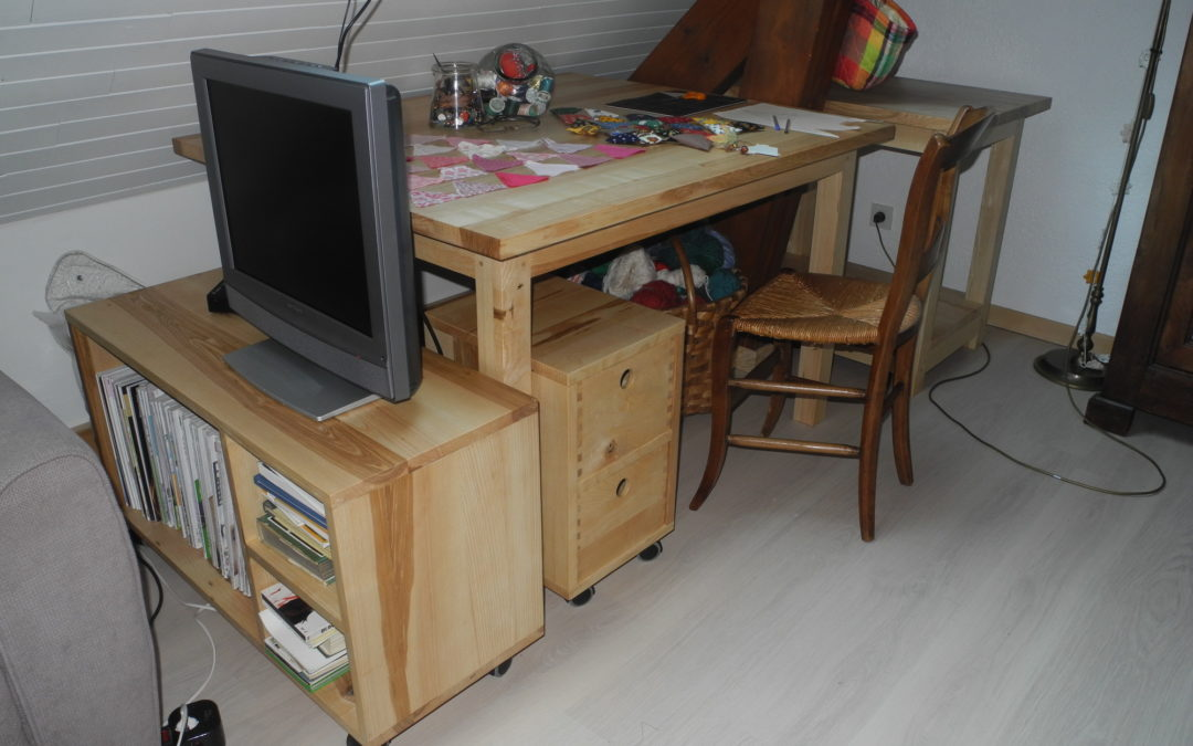 Un espace bureau en frêne