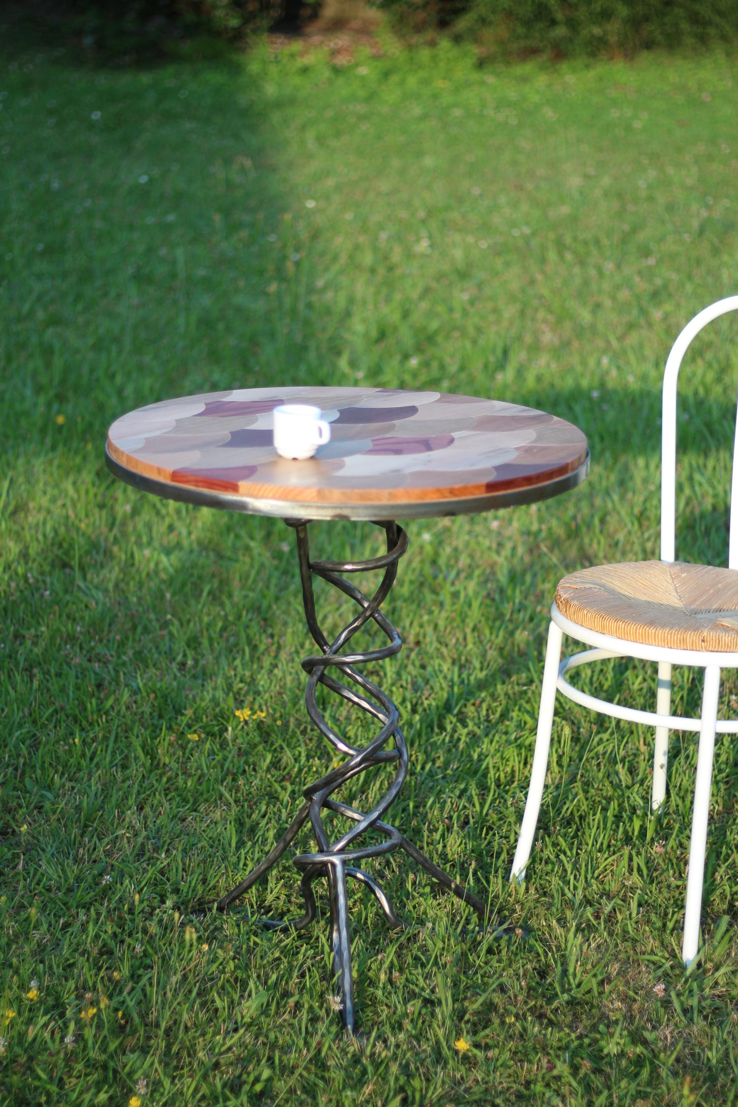 Table Ecailles Design Menuisier Lons