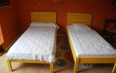 Deux lits d'enfants
